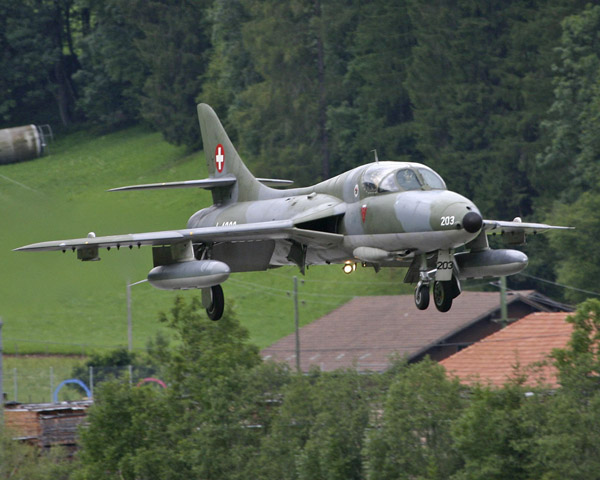 Hawker Hunter T.Mk.68 J-4203
